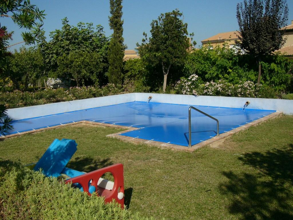Cobertores de piscina toldos de la fuente - Instalacion piscina ...