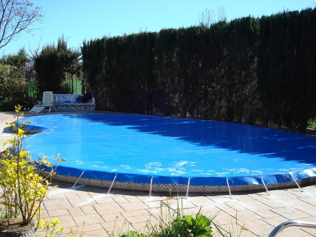 cobertor de piscina circular